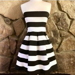 Doe & Rae Black and White Sleeveless Dress